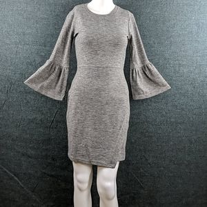 Bell Sleeves! Pretty 19 Cooper Gray Knit Dress